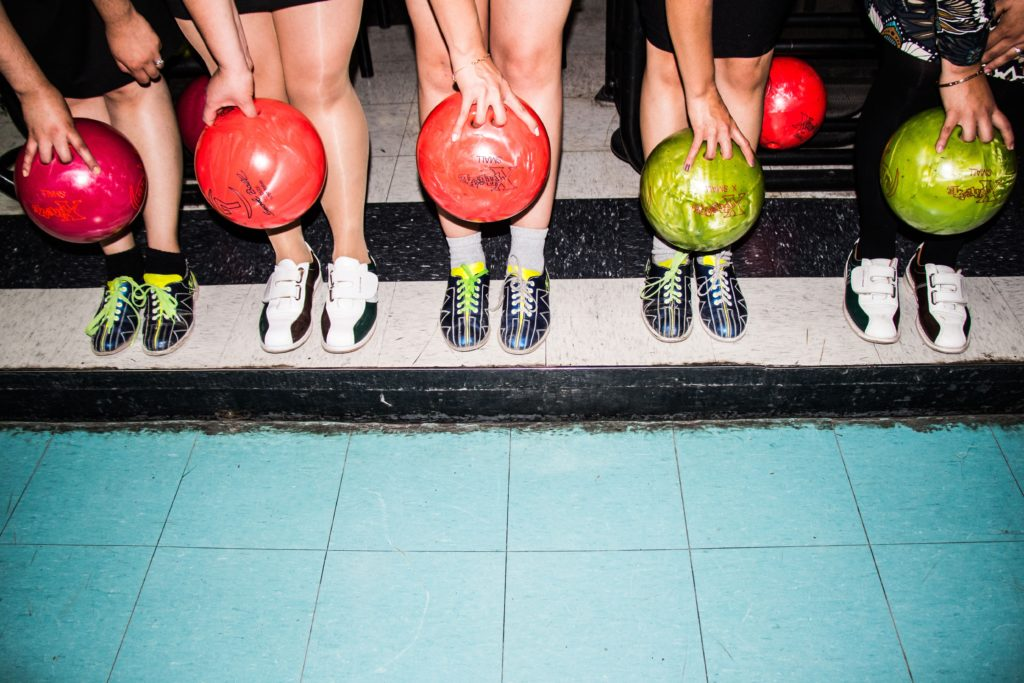 AW med bowling
